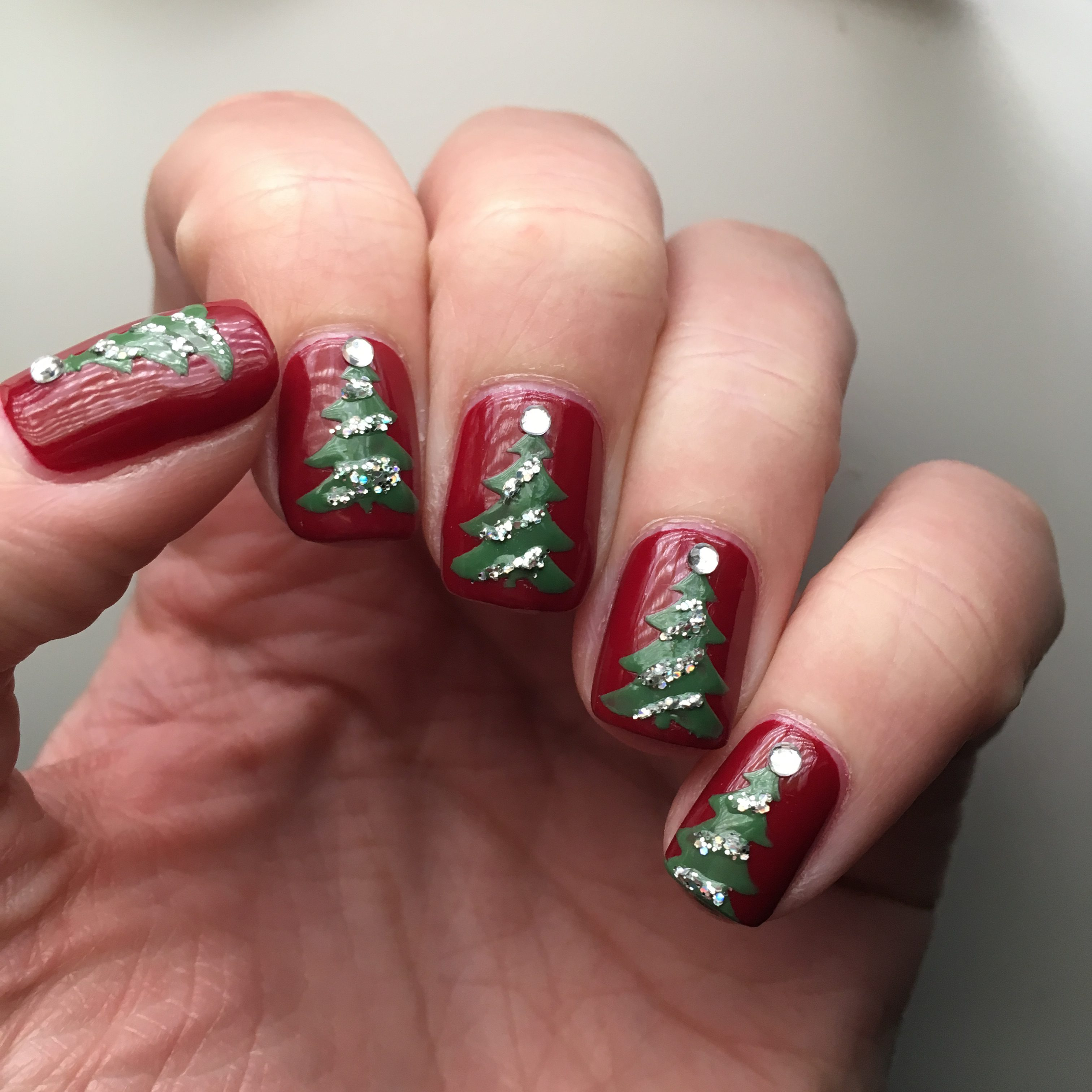 Christmas Tree Nails with Holo