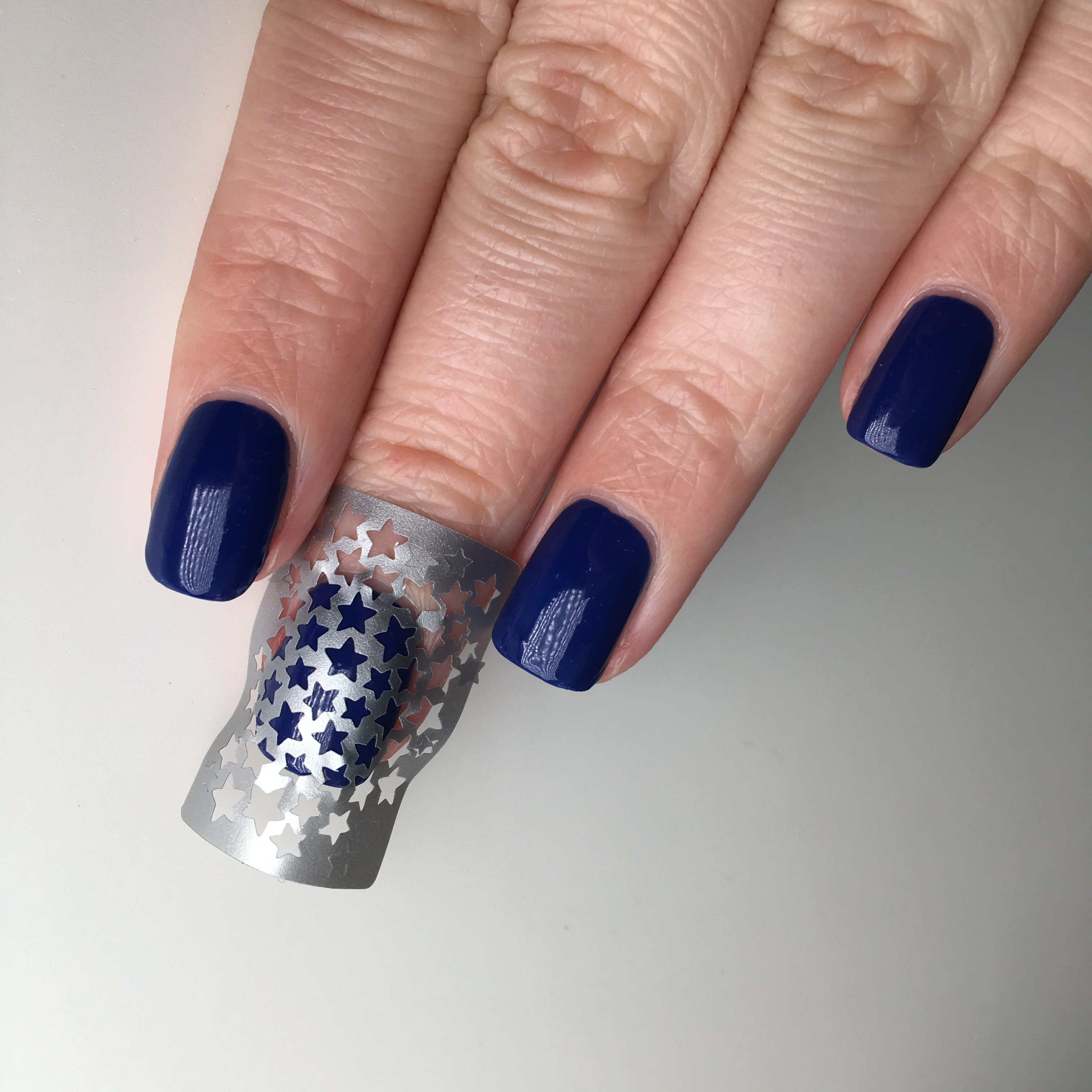 Easy Blue Star Nails