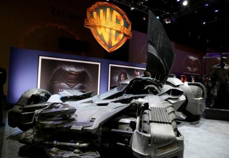 Batman v Superman_batmovil_05