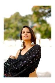 Anasuya Bharadwaj (33)