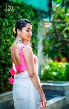 Anasuya Bharadwaj (49)