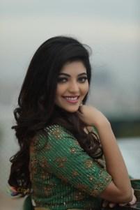 Athulya Ravi (24)