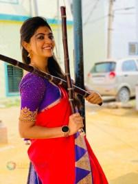 Athulya Ravi (30)