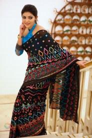 Athulya Ravi (68)