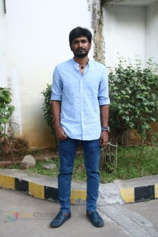 Kannum Kannum Kollaiyadithaal Press Meet Stills (5)
