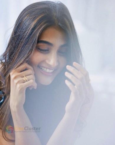 Pooja Hegde (11)