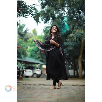 Aparna Balamurali (25)