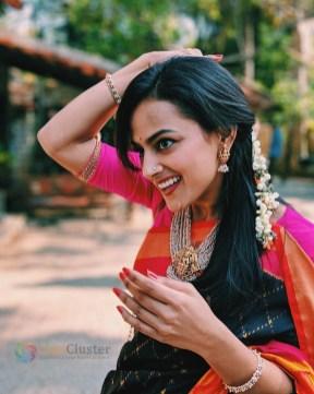 Shraddha Srinath (30)