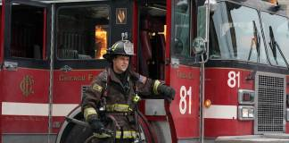 Chicago Fire 9x15