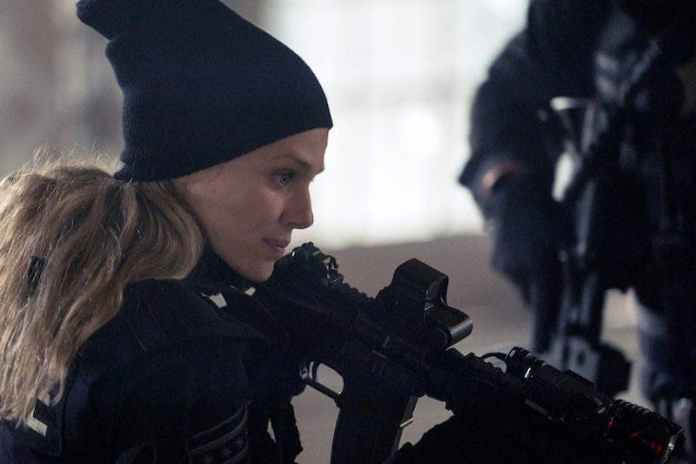 Chicago PD 8x13