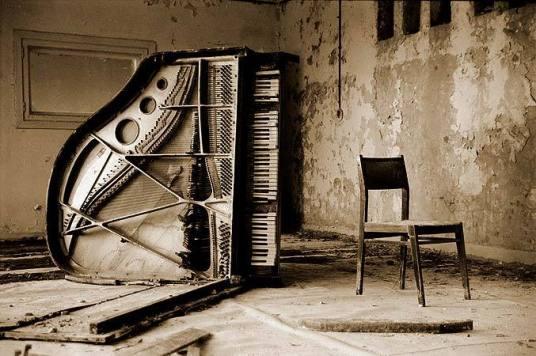 pripyat-piano