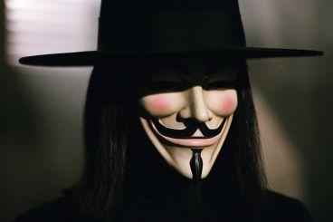 """""""V de Vendetta"""" (James McTeigue, 2005)"""