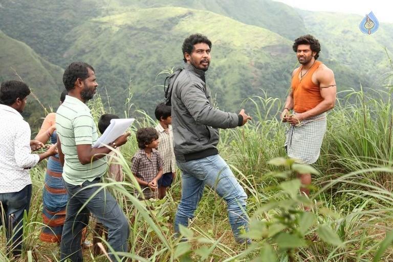 Kadamban Tamil Movie Stills - 28 / 36 photos