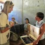 Violante dona i vini alla Principessa