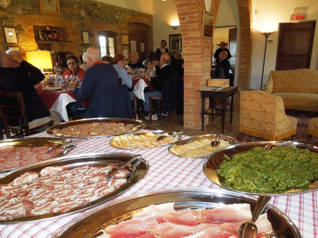 Montalcino - Casato Prime Donne - sala da degustazione