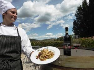 Fattoria del Colle la chef Roberta Archetti presenta i pinci