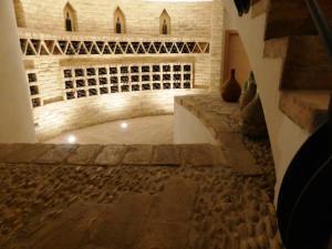 Dora Sarchese ingresso sala sotterraneo