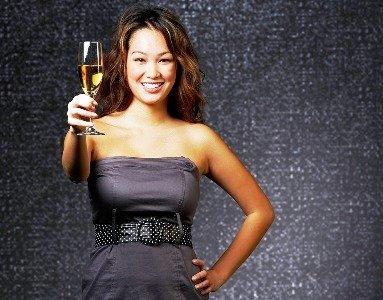 enjoy wine in Cina