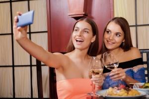 giovani e vino in USA