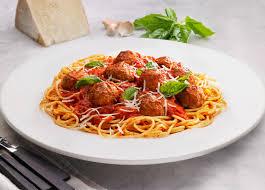 spaghetti e meatballs Cosa mangiano gli italiani all'estero