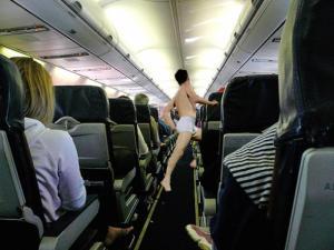 ubriachi-in-aereo
