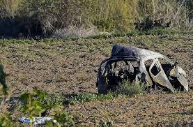 auto di Daphne Carruana dopo l'attentato