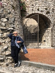 Donatella-Cinelli Colombini-castello-medioevale-Guardia-Sanframondi