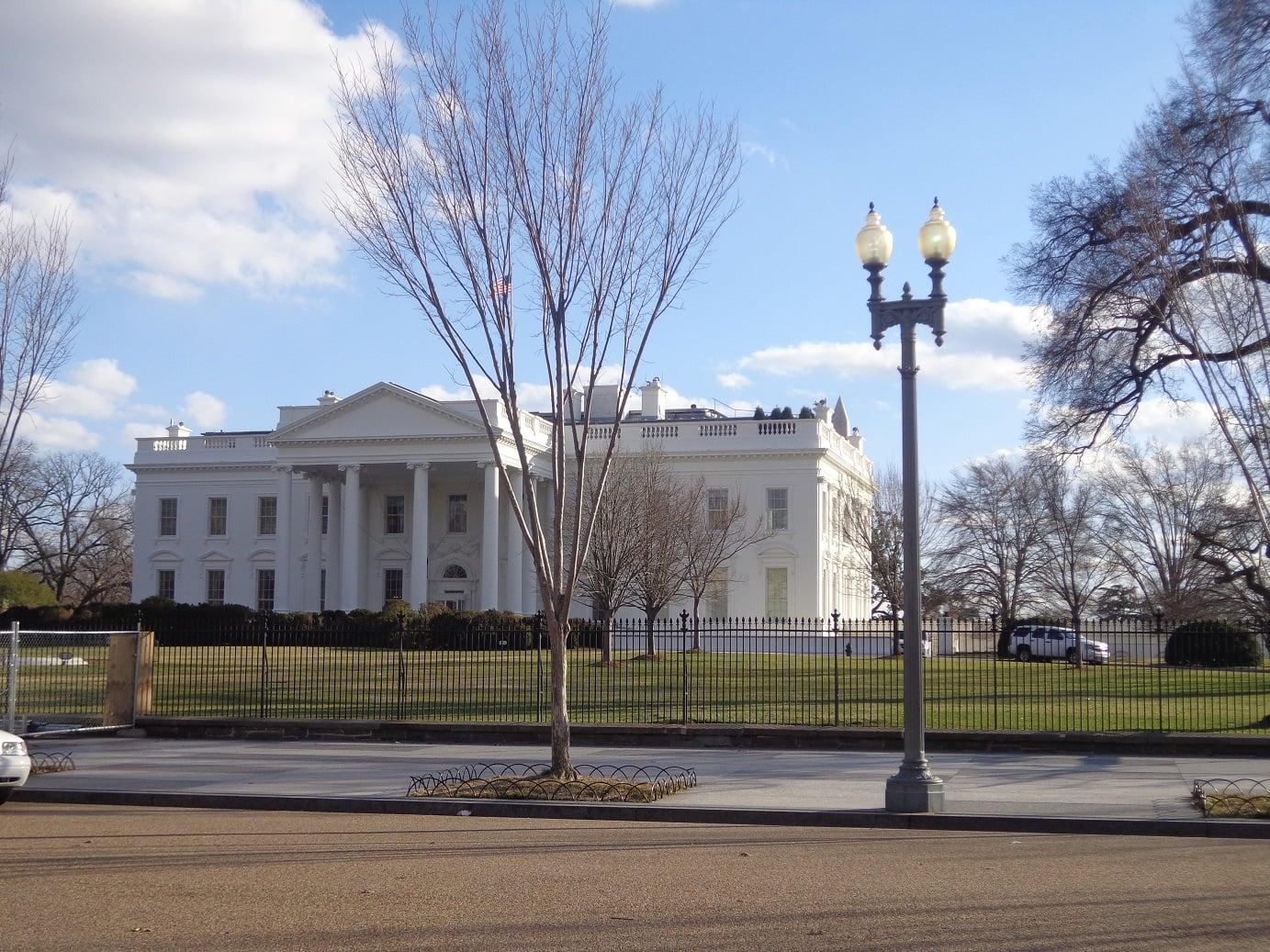 Washington Casa Bianca la minaccia dei dazi USA sul vino italiano