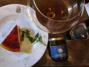 Vino lungo Vin Santo Toscana Fattoria del Colle