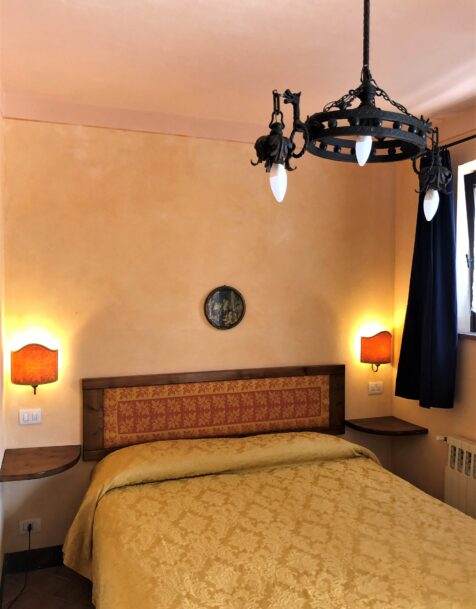 Fattoria del Colle - Farmhouse in Tuscany - Muratori Room