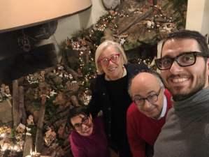 Buon-Natale-CinelliColombini-family-nel-Presepio-della-Fattoria-del-Colle