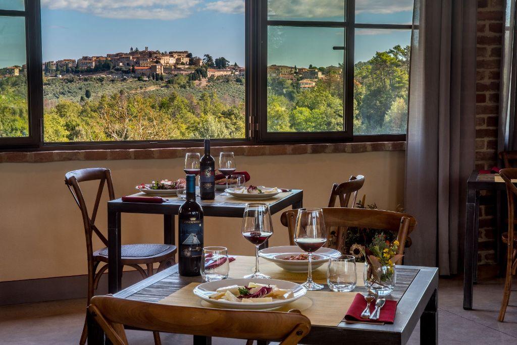 lunch experience Fattoria del Colle Tuscany