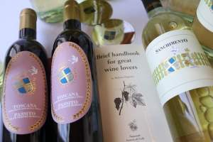 July-Offer-for-the-club-Supertuscan-white-and-passito