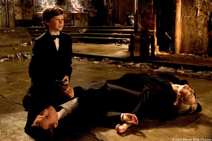 Bruce Wayne observa a morte da família