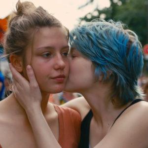 Milk-300x300 Contra a homofobia e pelo amor: recomendamos 11 filmes do universo LGBT para propagar o amor!
