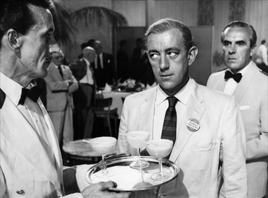 """Alec Guinness dans """"Notre agent à la Havane"""" (1959)"""