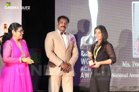 CinemaGlitz-Raindropss-Sadhanai-Pengal-Womens-Day-Awards-Pics-15