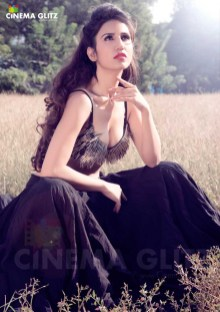 actress-anand-preet-kaur-pics-02