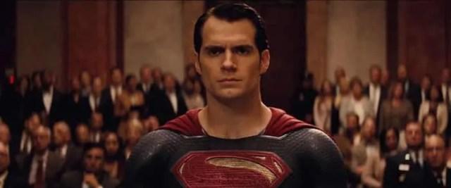 xplosión del senado Batman v Superman