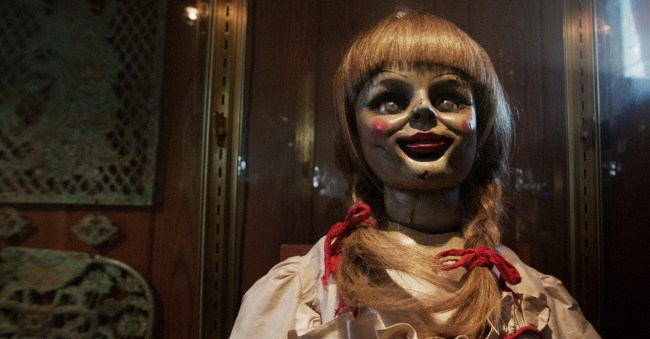 Annabelle-Movie-2014-HD-Horror-Doll-Wallpapers-Download-02