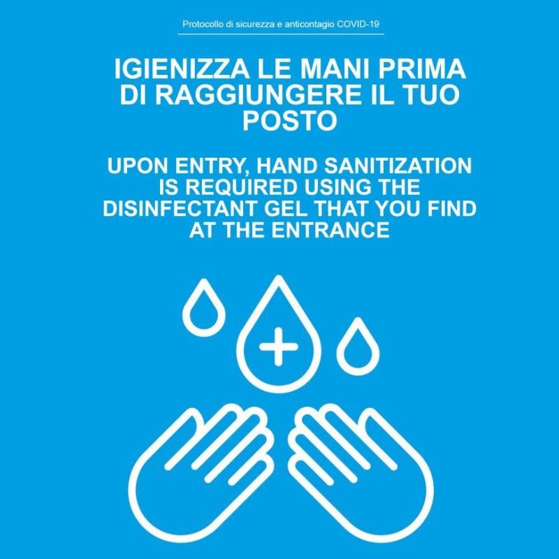 igienizza le mani prima di raggiungere il tuo posto