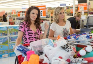 Tina Fey and Amy Poehler star in SISTERS