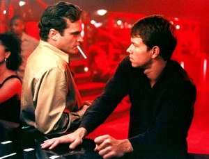 joaquin_phoenix_mark_wahlberg_the_yards_002