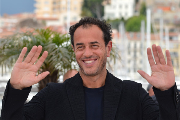 "Italian director Matteo Garrone poses during the photocall of ""Reality"" presented in competition at the 65th Cannes film festival on May 18, 2012 in Cannes. AFP PHOTO / ALBERTO PIZZOLI (Photo credit should read ALBERTO PIZZOLI/AFP/GettyImages)"