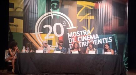 """Mesa de Debate do filme """"Subybaya"""""""