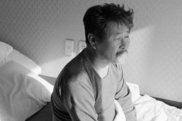"""""""O Hotel Às Margens do Rio"""" (Gangbyeon Hotel, 2018), de Hong Sang-Soo - Divulgação"""