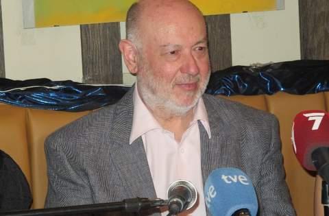 Juán Eslava Galán.