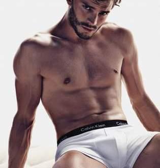 Especial desnudo de Jamie Dornan es Christian Grey.