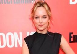 Dakota Johnson no quiere a sus padres en el rodaje de 50 Sombras de Grey