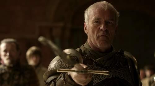 Barristan_Selmy_renunciado_a_la_Guardia_Real_HBO